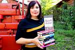 Přerovská spisovatelka Lenka Chalupová vydala novou knihu - Kyselé třešně.