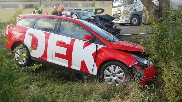 Srážka tří aut u Horní Moštěnice