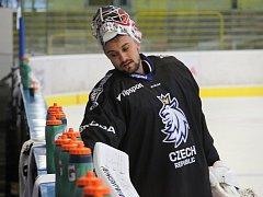Hokejová reprezentace na kempu v Přerově. Petr Mrázek