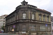 Kdysi honosný Blažkův dům v centru Přerova stále chátrá.