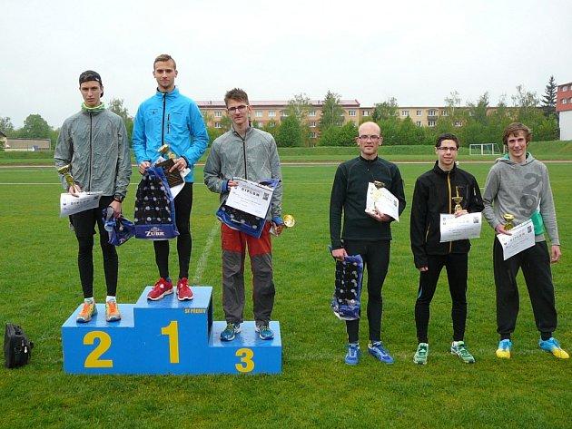 První šestice závodu Velká cena Přerova v běhu na 1500 m.
