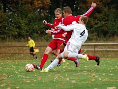 Fotbalisté Kojetína (v bílém) proti Ústí