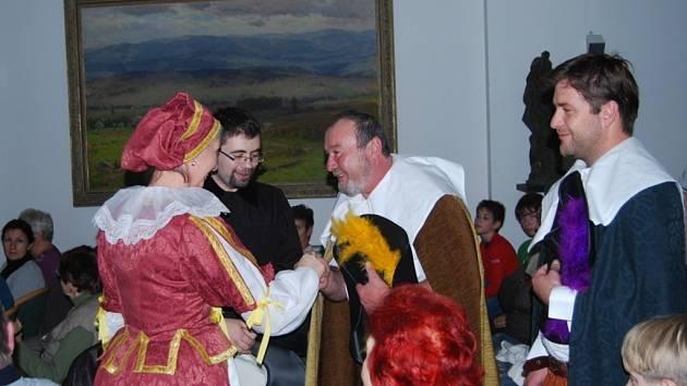 Jan Amos Komenský, jehož dokonale ztvárnil historik Lubor Maloň, dorazil v sobotu na přerovský zámek spolu s fulneckými bratry.
