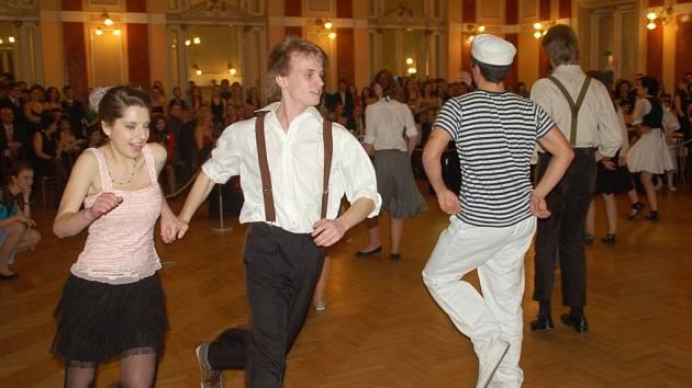 Ples gymnázia v Městském domě v Přerově