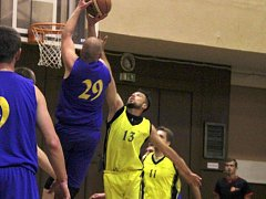 Basketbalisté Lipníku. Ilustrační foto