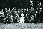 První místo ze soutěže v Lipníku nad Bečvou si v roce 1960 dovezla místní dechová kapela.