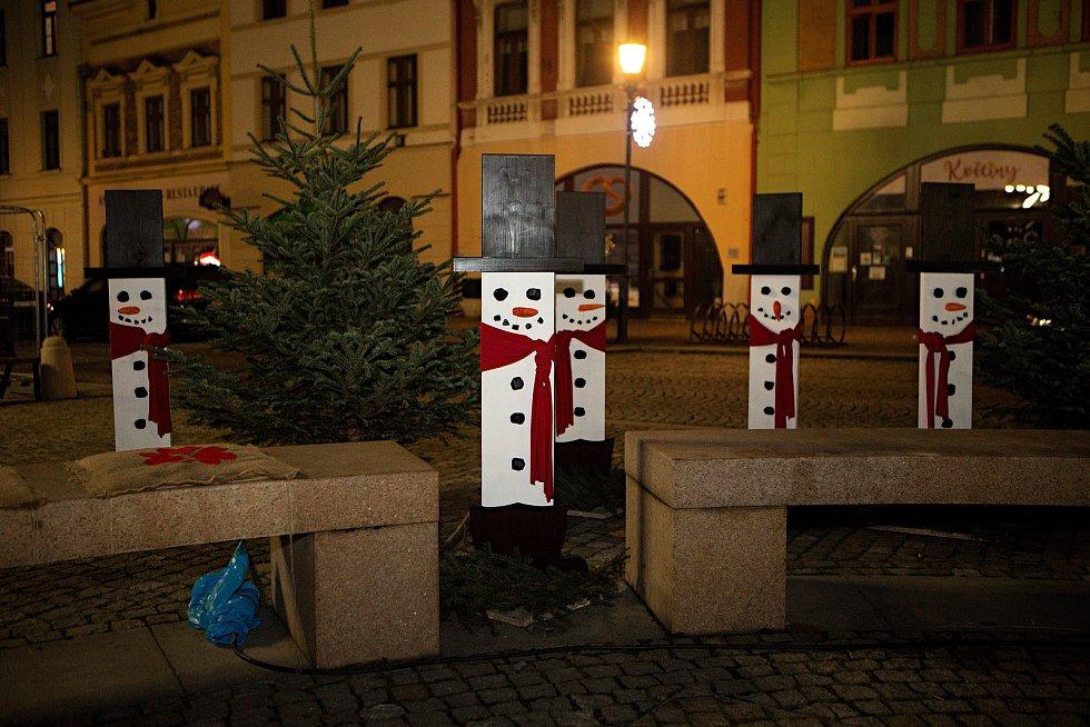 Vánoční náměstí v Hranicích. 30. listopadu 2020