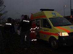Mrtvola bezdomovce byla nalezena v sobotu odpoledne v lesíku poblíž frekventované silnice u Lidlu v Přerově.