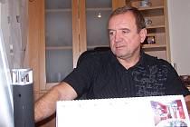 podnikatel Josef Kunovský ve své kanceláři.