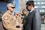 Stovka přerovských vojáků se vrátila z mise ISAF v Afghánistánu. Na náměstí je ocenil i náměstek ministra obrany Michal Hrbata