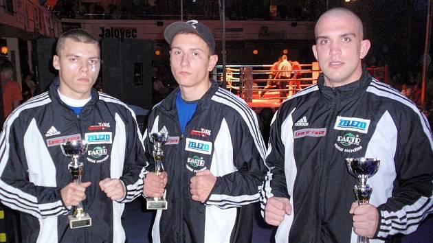 Přerované na galavečeru ve Vsetíně. Zleva: Jan Šmehlík, Marek Bartl a Jakub Hučko