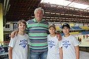 Miloš Říha na prohlídce zimního stadionu v Přerově