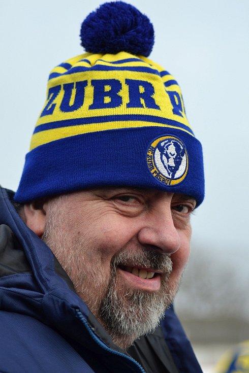 Winter Classic hokejového dorostu mezi HC Zubr Přerov a HC RT Torax Poruba. Aleš Verlík