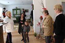 Velikonoční výstavou otevřeli pátek 18. dubna ve Veselíčku malé vesnické muzeum, jež má přiblížit tradice a historii obce i národopisné oblasti Záhoří.