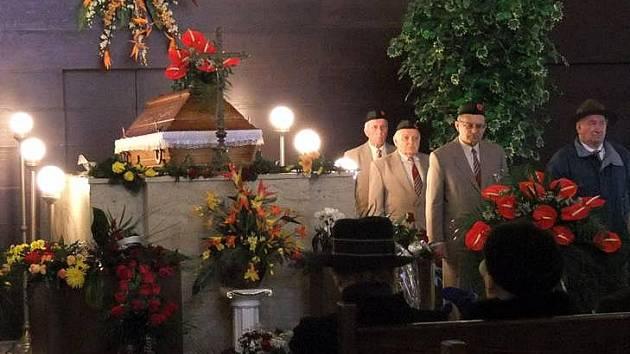 Pohřeb Karla Zejdy, spolumajitele továrny Kazeto