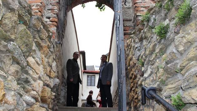 Přerovanům se opět otevřela fortna, která propojuje Horní náměstí s ulicí Pod Valy.