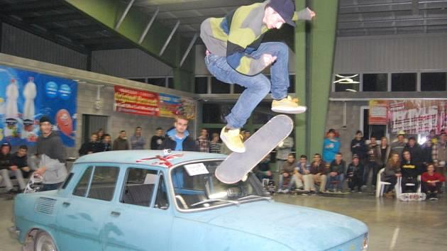 Triky skateboardistů mohli obdivovat návštěvníci, kteří zavítali v sobotu  na přerovské výstaviště. Konal se zde další ročník soutěže Game of skate, které se zúčastnili mladí lidé z celé republiky.