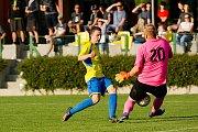 Fotbalisté Kozlovic proti MFK Havířov (2:0). Štěpán Přikryl střílí gól na 2:0