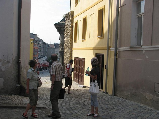 Nová budova depozitáře na místě zastavěné proluky mezi Žerotínovým a Horním náměstím