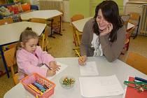 Rodiče v Přerově zapisují své děti do prvních tříd základních škol