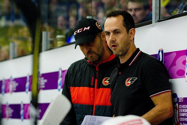 Trenér Prostějova Jiří Vykoukal (vpravo)