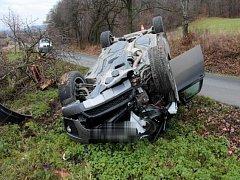 Nehoda BMW mezi Dolním Újezdem a Bohuslávkami