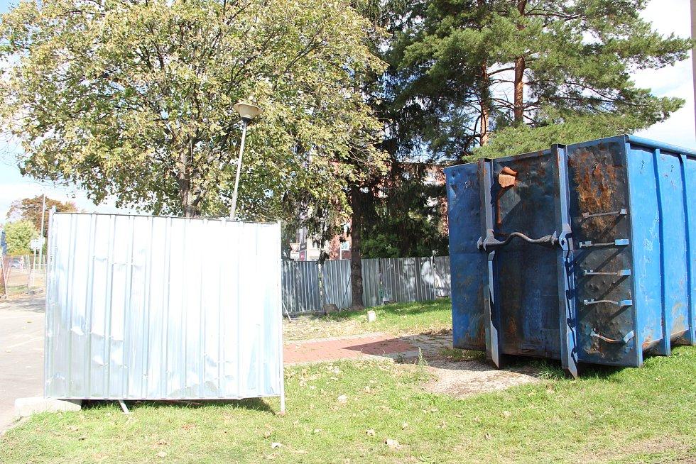 V Přerově začala demolice bývalé ubytovny Chemik. Objekt bude zbourán postupným rozebíráním.