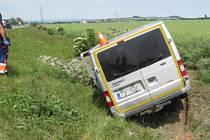 Nehoda dodávky v Horní Moštěnici.