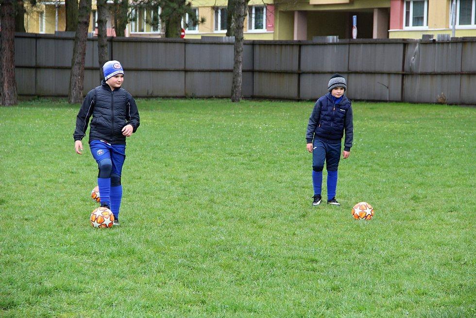 Mladí fotbalisté přerovské Viktorky se vrátili na hřiště.