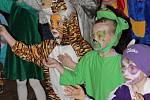 Ve zvířecí říši se proměnil v sobotu odpoledne nový kulturní stánek v Lipníku nad Bečvou. Na tradiční karneval zavítaly desítky dětí se svými rodiči a nechybělo ani vyhlášení nejlepší masky.