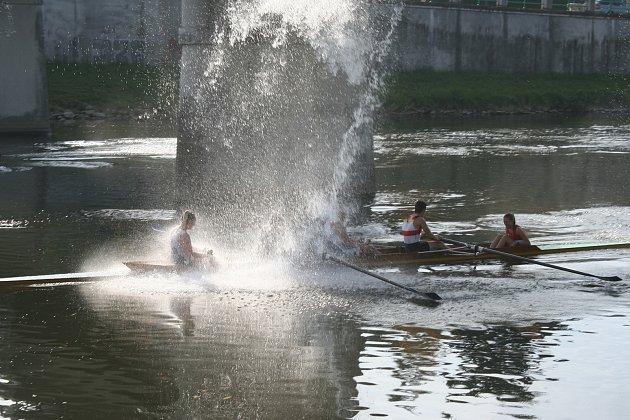 Přerovští veslaři ukončili vodní sezonu na Žabáckých závodech.