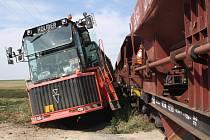 Srážka vlaku se zemědělským strojem u Kojetína