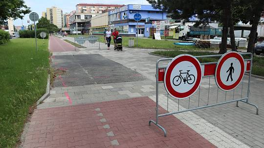 Stavba cyklostezky v ulici Velká Dlážka v Přerově