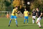 Fotbalisté FK Kozlovice (ve žlutém) proti 1. HFK Olomouc.