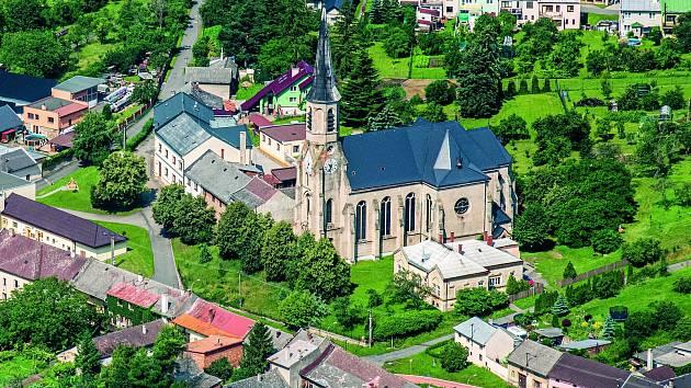 Stará Ves na Přerovsku - dominantou obce je kostel Nanebevzetí Panny Marie