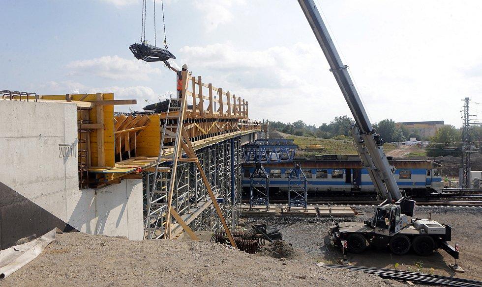Modernizace Dluhonické spojky na železniční trati u Přerova.