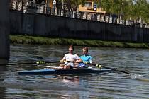 Dvojka bez kormidelníka dorostu přerovských veslařů – Tomáš Jelínek a Vojtěch Habáň