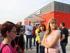 Dřívějšími i současnými obchodními domy Přerova vedla sobotní trasa akce Den architektury. Do zázemí zdejšího nejnovějšího obchodního centra nahlédla i redaktorka Přerovského a hranického deníku Iva Najďonovová.