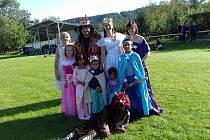 Děti si zařádily v maskách princezen a princů