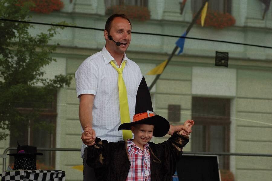 Koncert Pavla Nováka ml. Hurá na prázdniny na náměstí TGM v Přerově