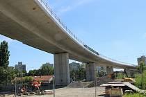 Stavba estakády nad železniční tratí v Předmostí, 30.7.2020