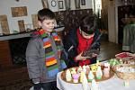 Různě zdobené kraslice a ukázka toho, jak se slavily Velikonoce na zámku a v podzámčí – taková je výstava v hranické Galerii M + M. Zajímavá expozice je zde k vidění od pátku, kdy se uskutečnila slavnostní vernisáž