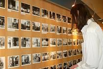 Výstava Jeden den v Lipníku aneb Viděno pěti  v Domečku Městské knihovny