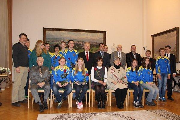 Představitelé města Přerova ocenili ve středu odpoledne na zámku osobnosti za přínos voblasti kultury a sportu, které nominovali obyčejní lidé.