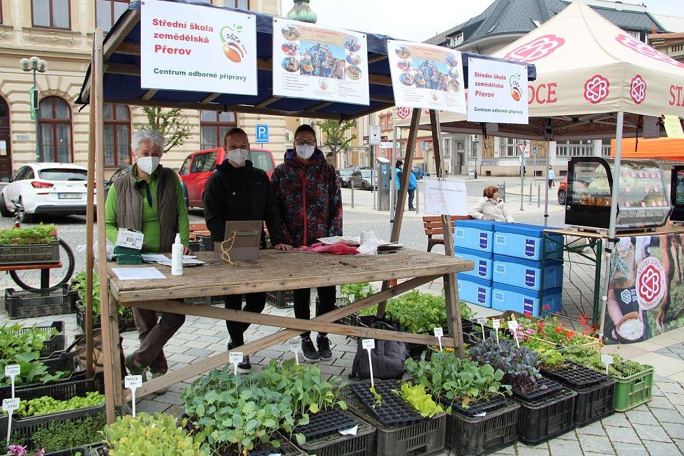 Farmářské trhy na Masarykově náměstí v Přerově - 29. 4. 2021