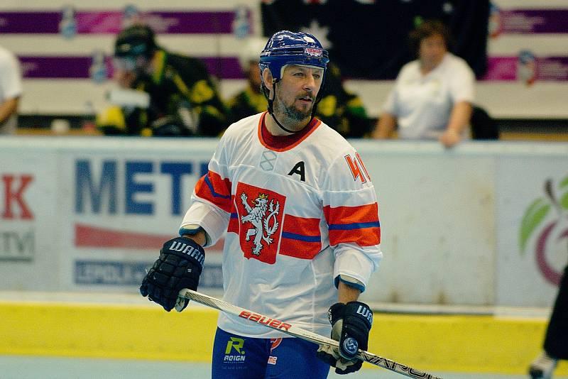 Karel Plášek. Inline hokejisté České republiky proti Austrálii na MS v inline hokeji kategorie Masters v Přerově