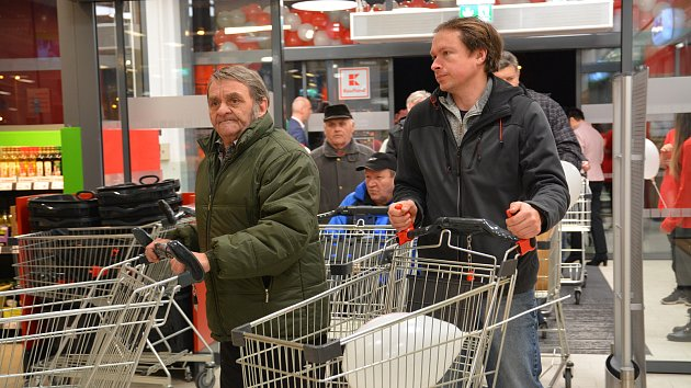 Otevření nového nákupní centra v Přerově