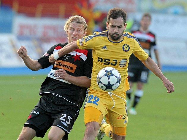 Tomáš Josl (ve žlutém)