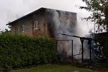 Požár přístřešku v Bochoři