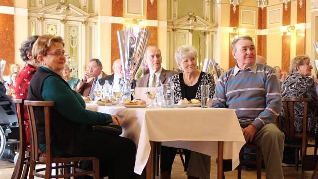 Setkání pětasedmdesátníků v Městském domě v Přerově